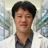 Dr. Michael Tsang